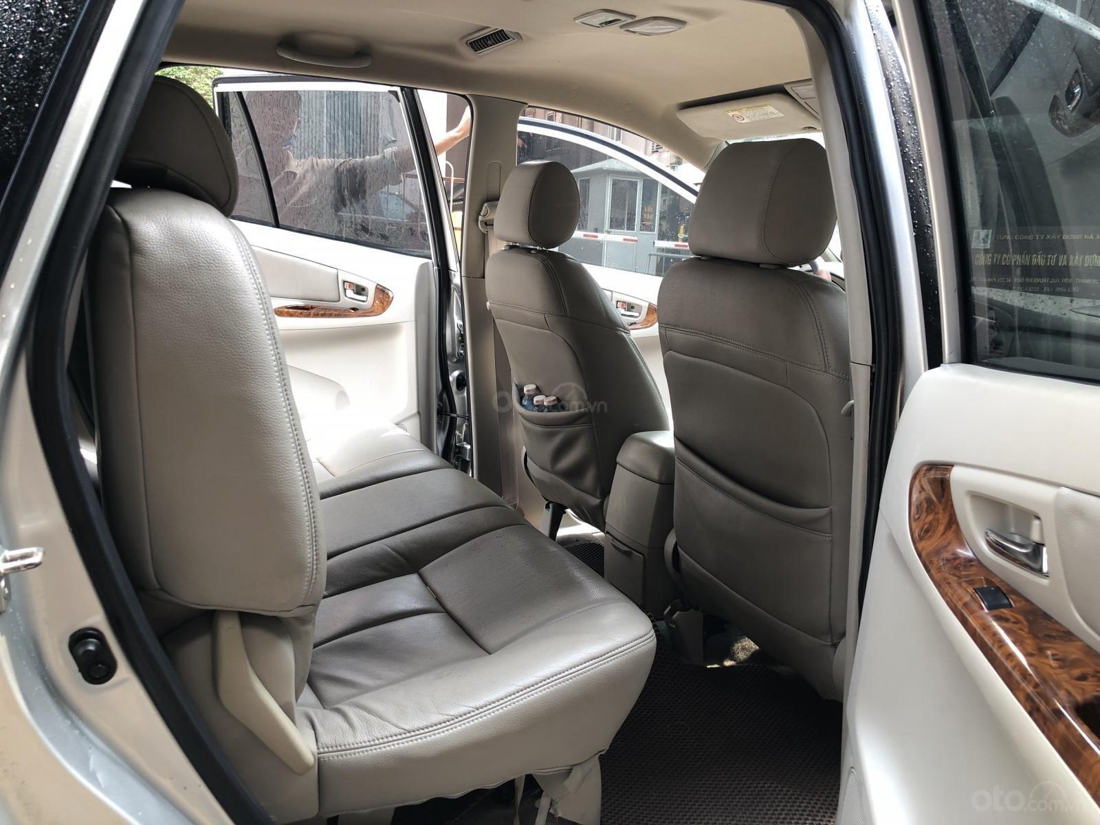 Long Auto bán xe Toyota Innova đời 2012 số tự động bản G giá 410tr (8)