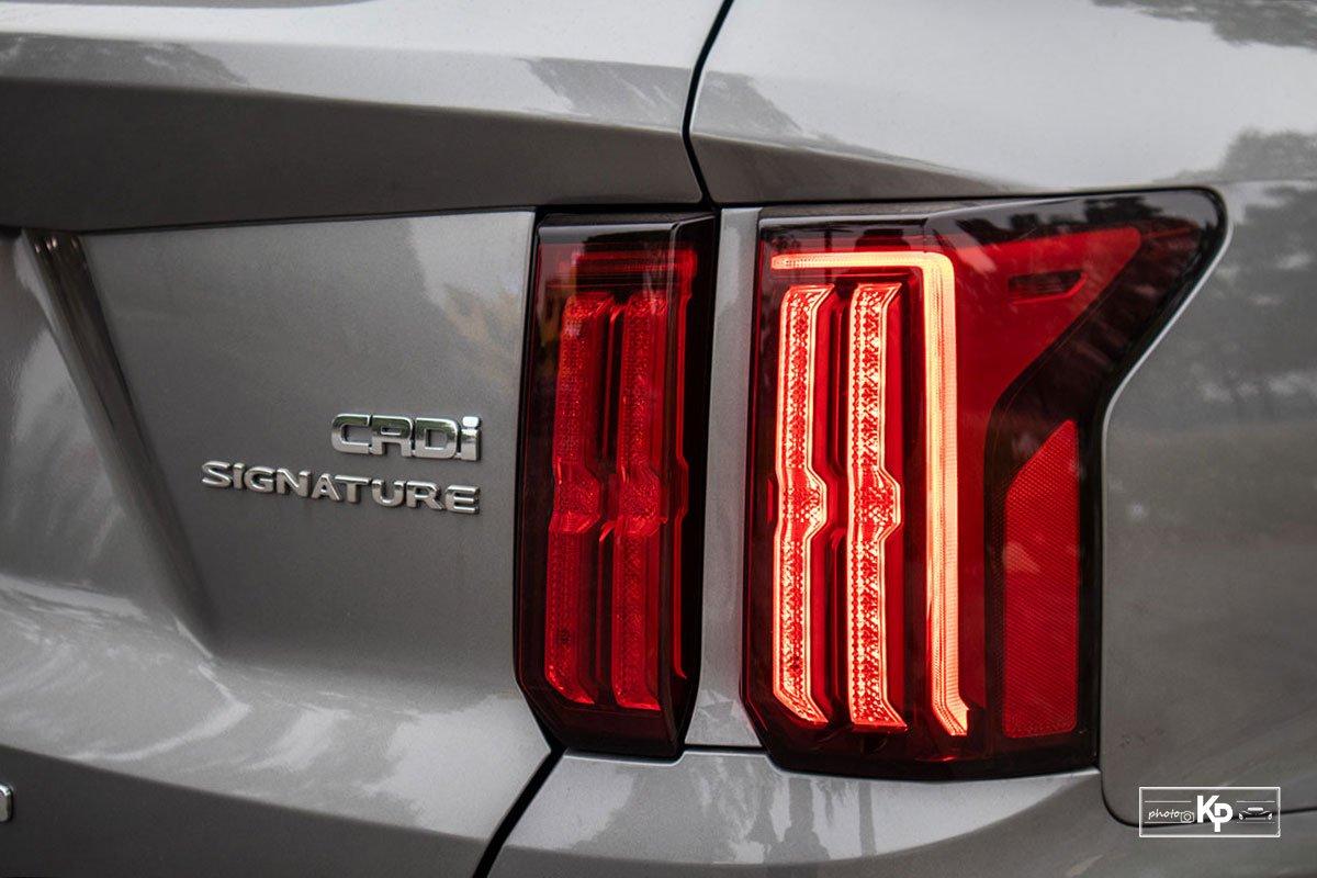 Ảnh Đèn hậu xe Kia Sorento 2021 a1
