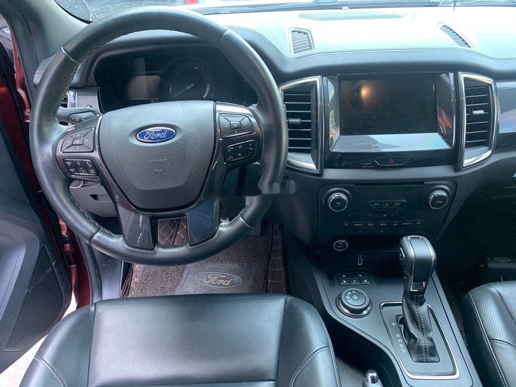 Cần bán gấp Ford Everest năm 2019 còn mới (6)