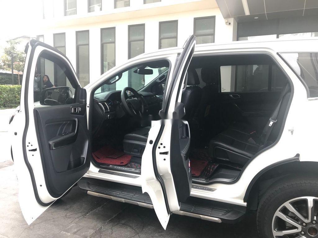 Cần bán xe Ford Everest năm sản xuất 2019, nhập khẩu nguyên chiếc còn mới (7)