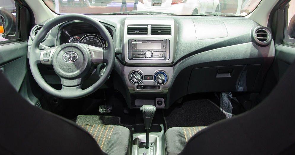 Nội thất xe Toyota Wigo 2019