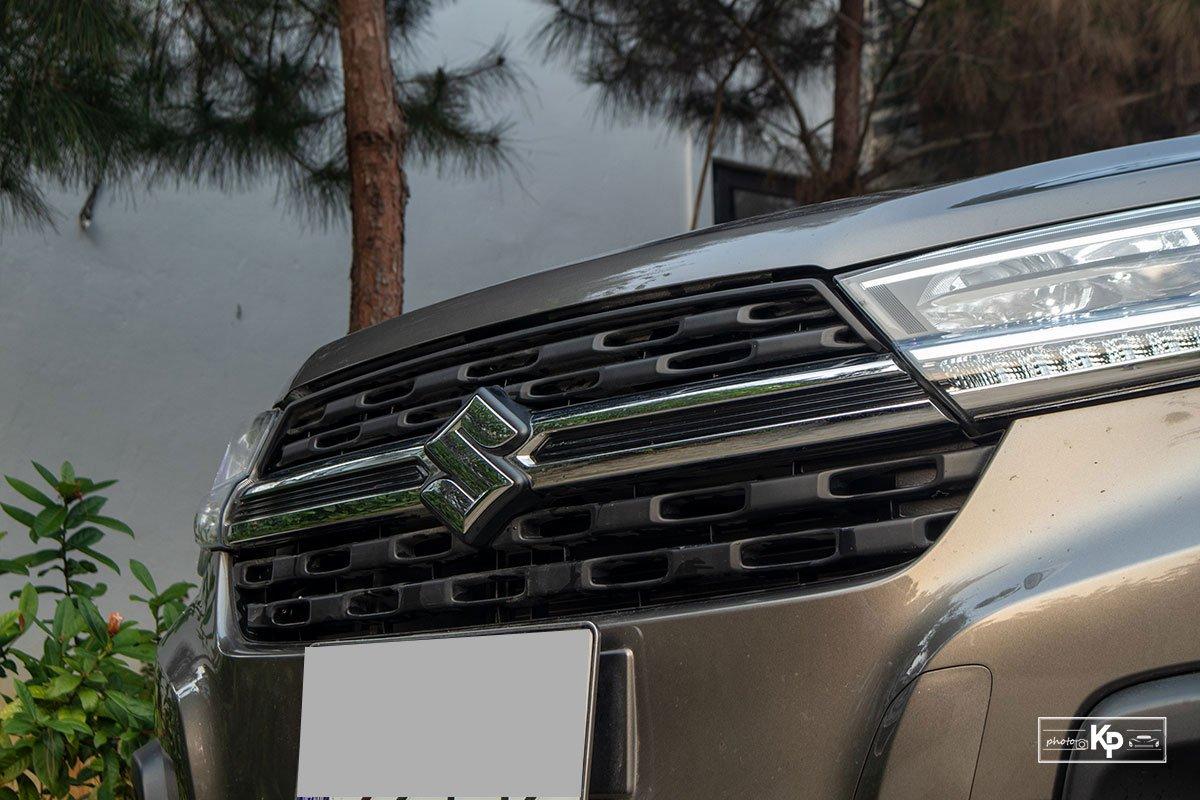 Ảnh Lưới tản nhiệt xe Suzuki XL7 2021