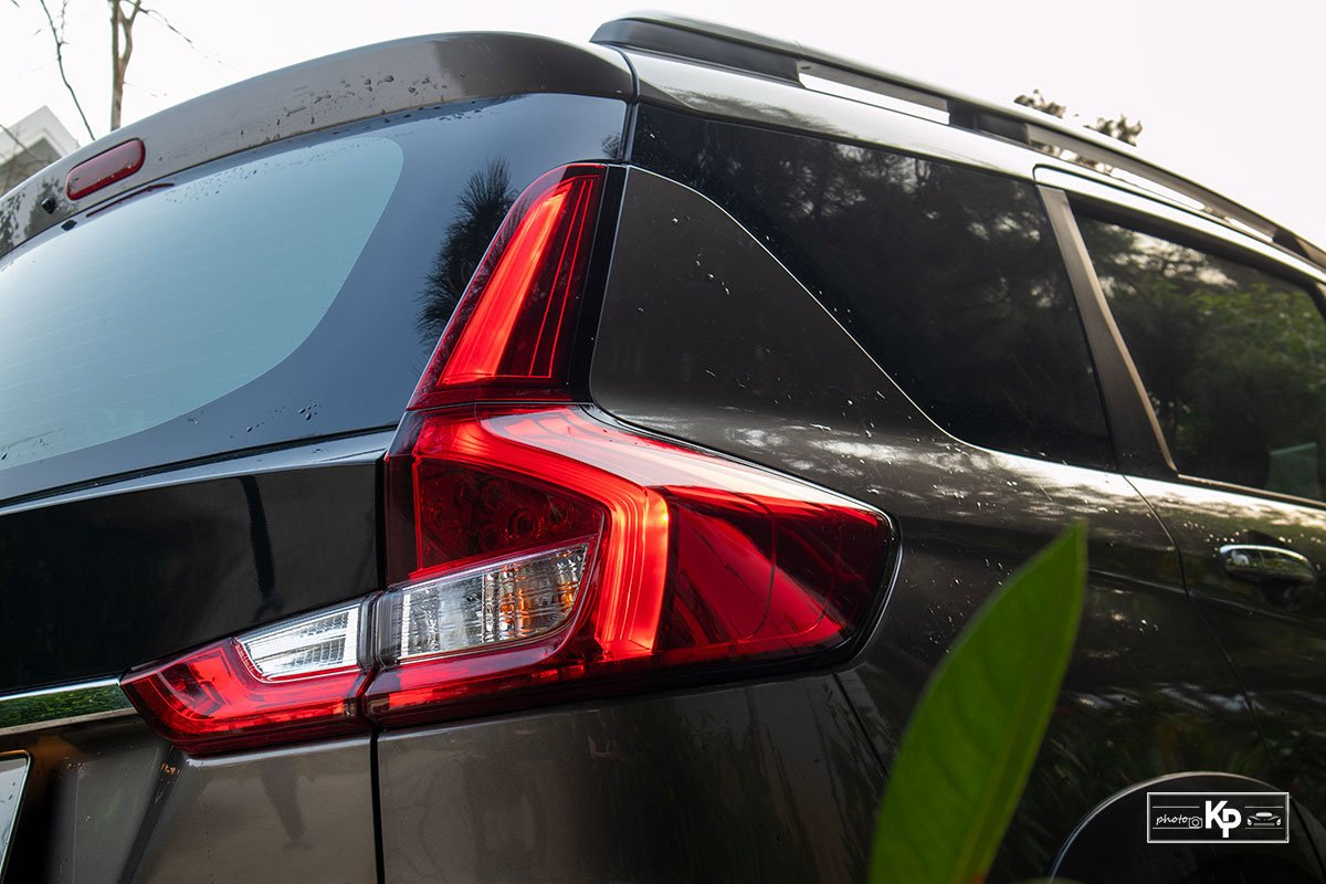 Ảnh Đèn hậu xe Suzuki XL7 2021