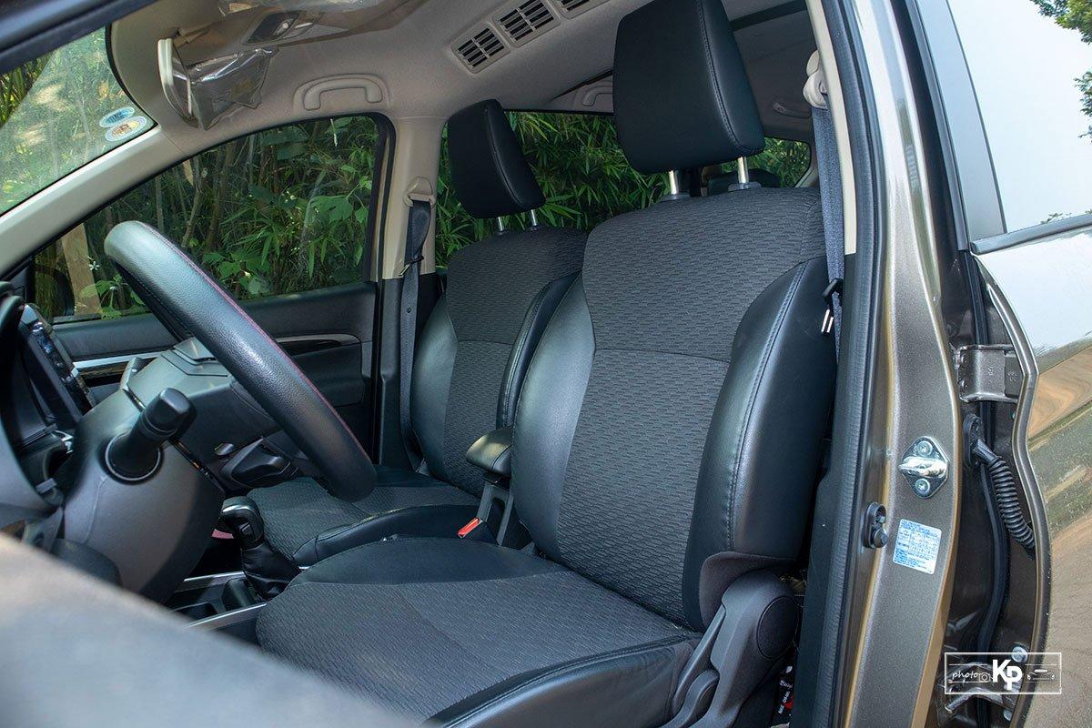 Ảnh Ghế lái xe Suzuki XL7 2021