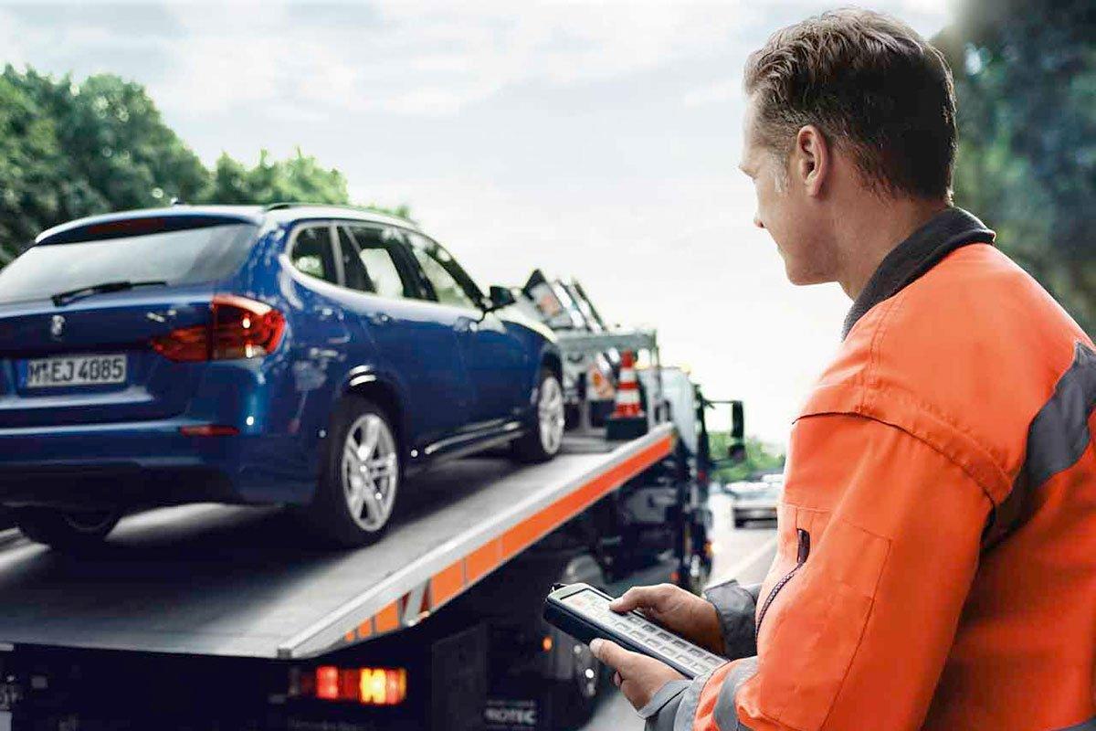 Hỗ trợ khắc phục sự cố trên đường Roadside Assistance (RSA) được áp dụng cho khách hàng mua xe BMW, MINI do THACO phân phối.