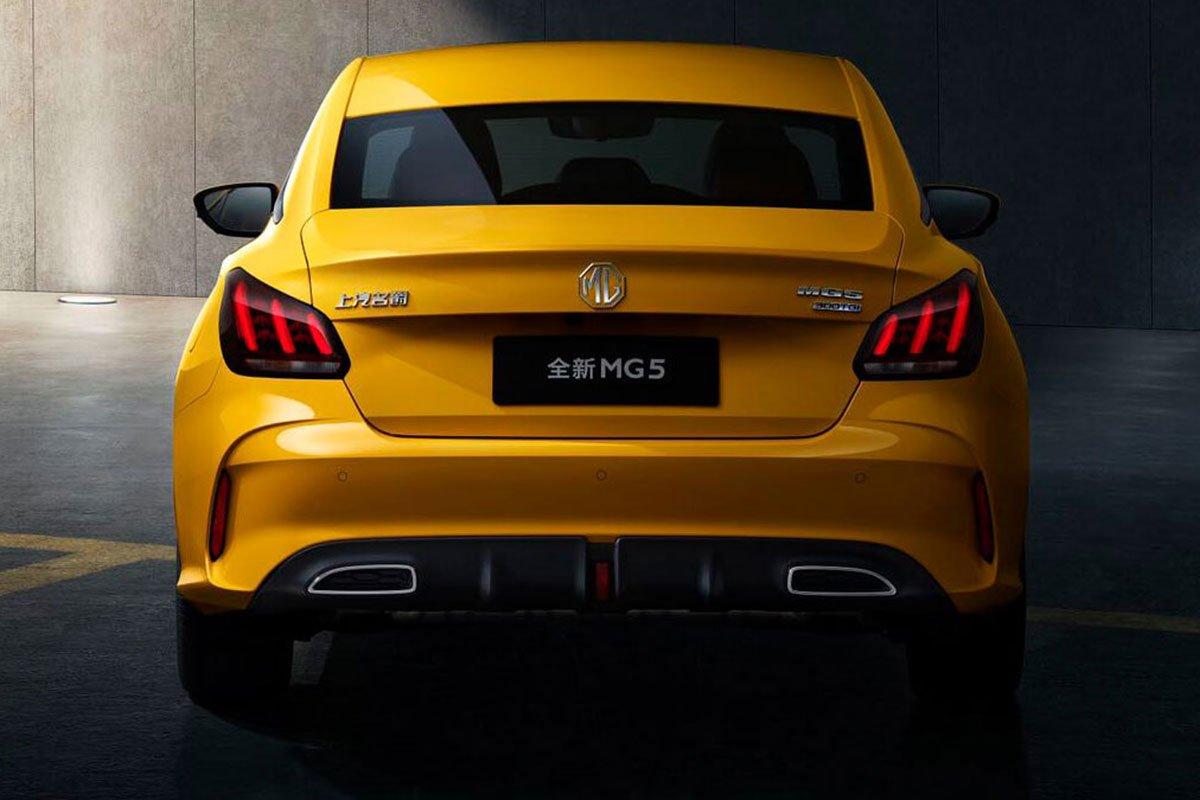 Thiết kế đuôi xe MG 5 2021 1