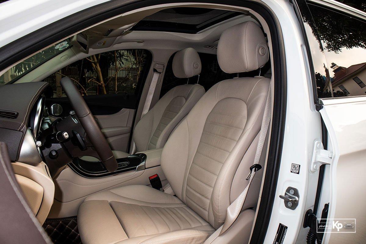 Ảnh Ghế lái xe Mercedes-Benz GLC 300 2021