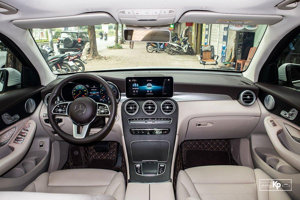 Ảnh Khoang lái xe Mercedes-Benz GLC 300 2021