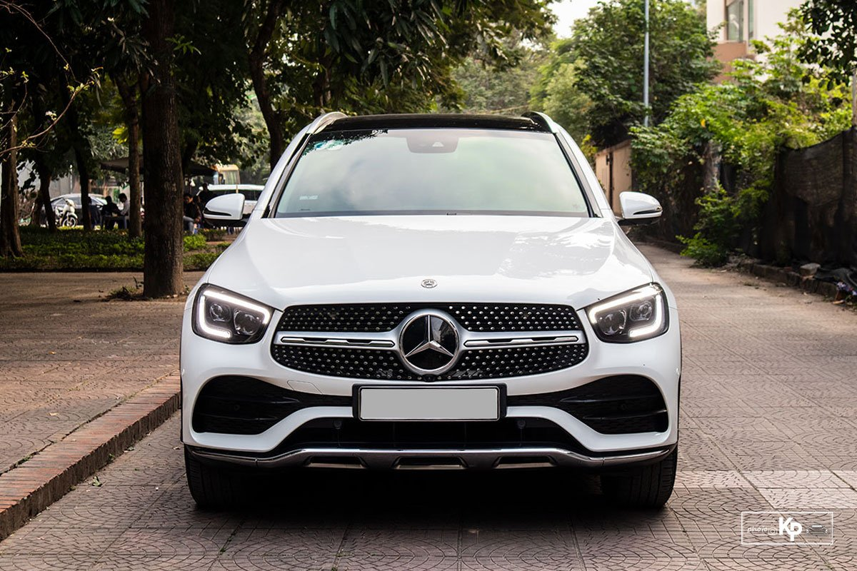 Ảnh đầu xe Mercedes-Benz GLC 300 2021
