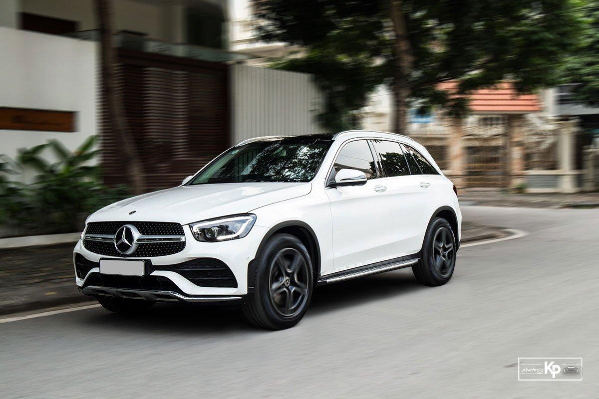 Ảnh Vận hành xe Mercedes-Benz GLC 300 2021