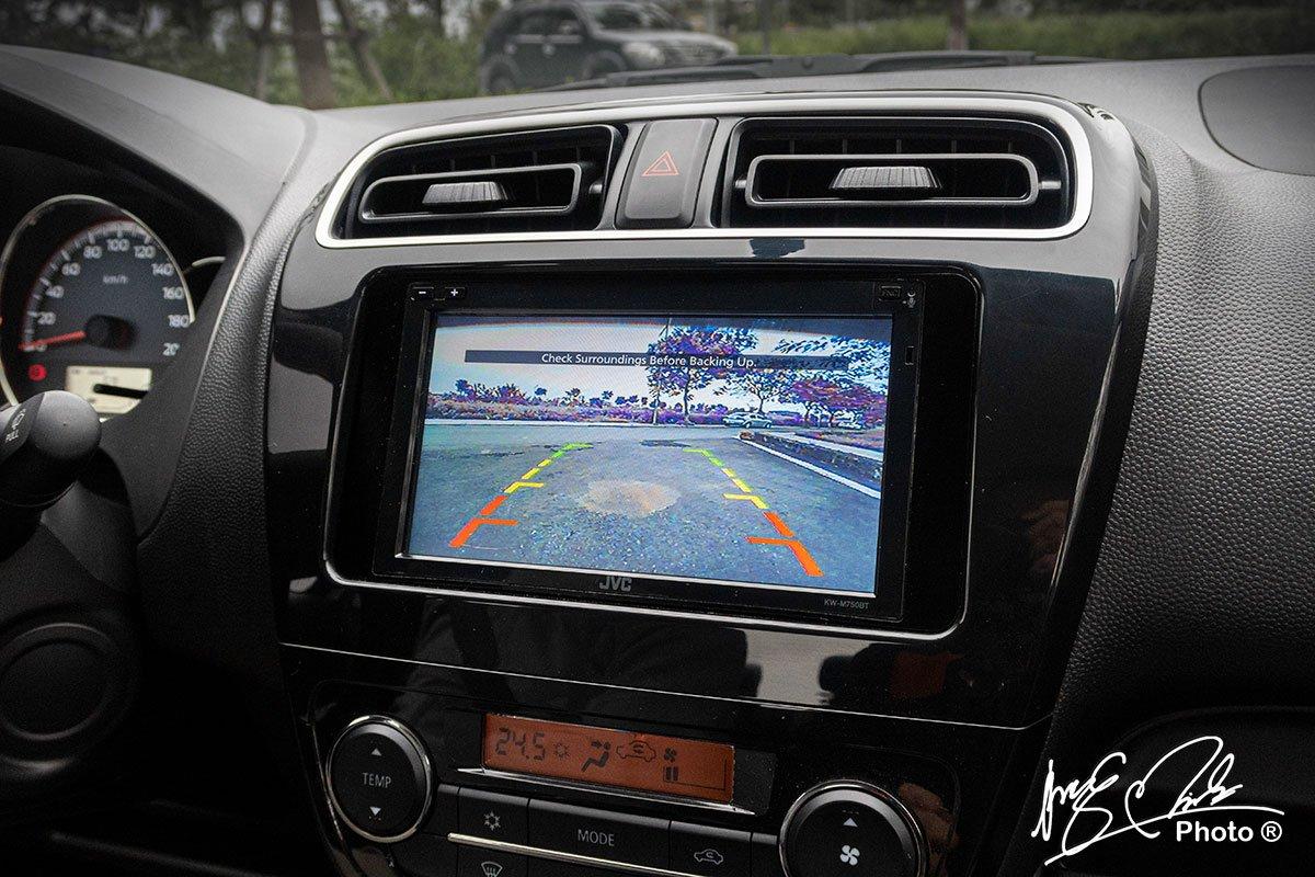 Camera lùi trên Mitsubishi Attrage 2020 1.