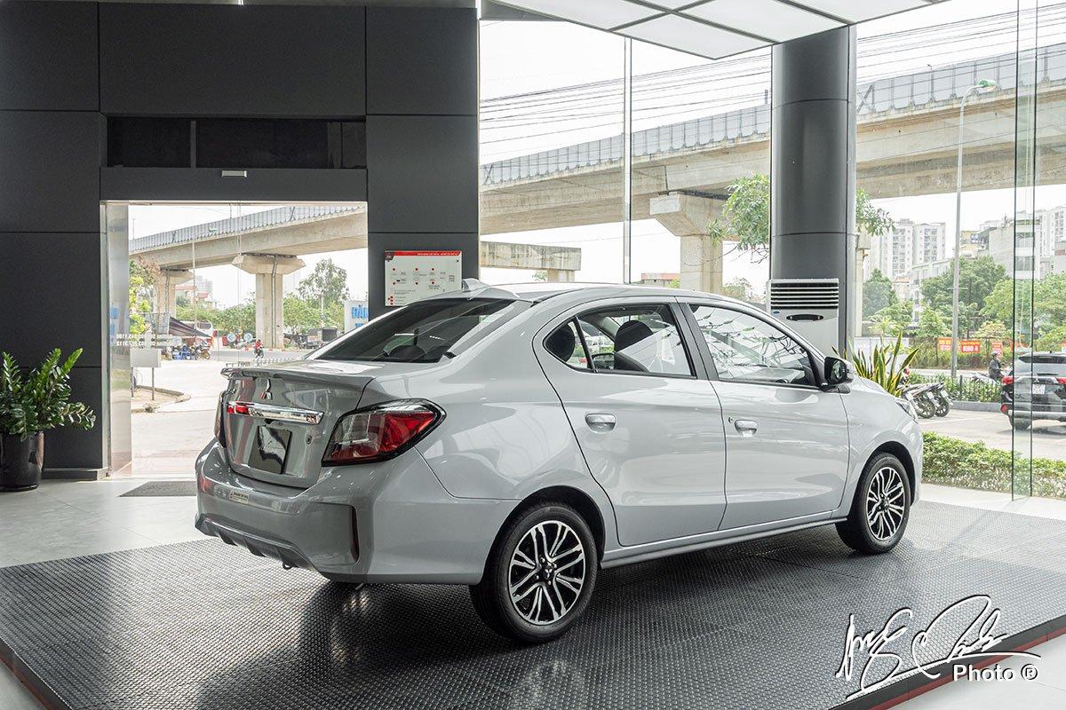 Mitsubishi Attrage 2021 có thiết kế đuôi xe khá thể thao.