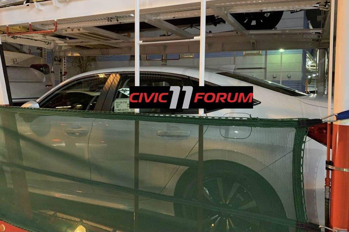 Ảnh thực tế thân xe Honda Civic 2022 1