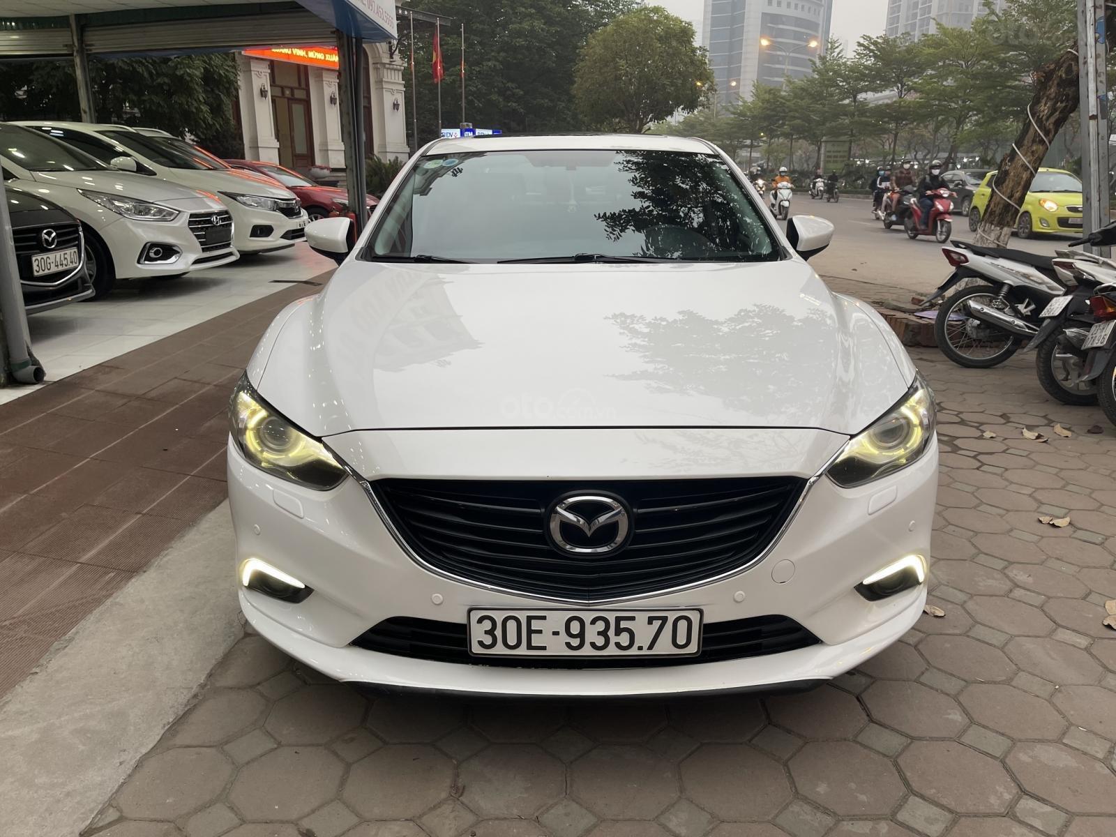 Bán Mazda 6 sedan 2.0AT 2016 màu trắng (1)