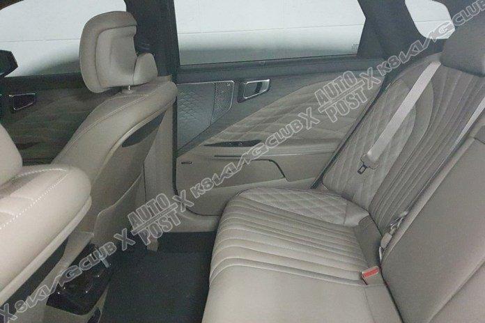 Kia K8 2022 Sedan sang trọng, rộng rãi và hiện đại.