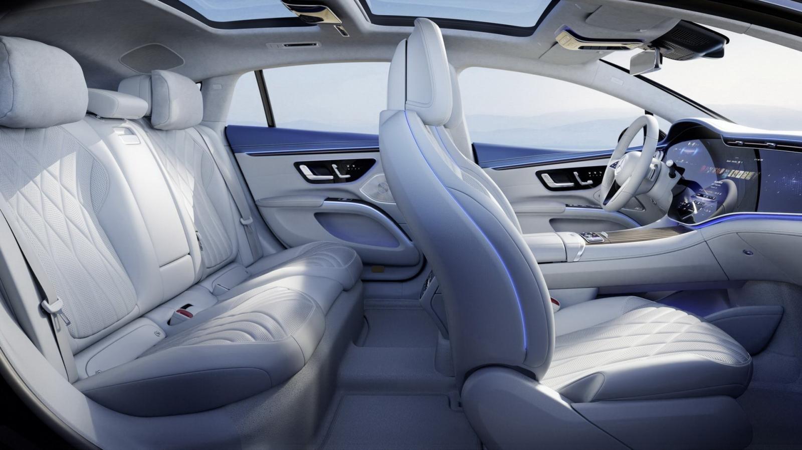 Mercedes EQS 2022 tích hợp loạt công nghệ phục vụ người dùng tối tân nhất.