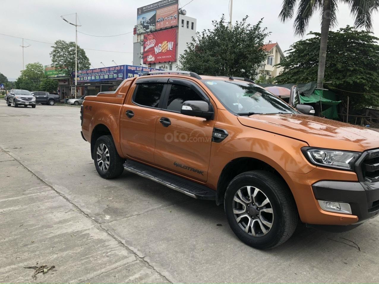 Cần bán gấp Ford Ranger Wildtrak, năm sản xuất 2016 (2)