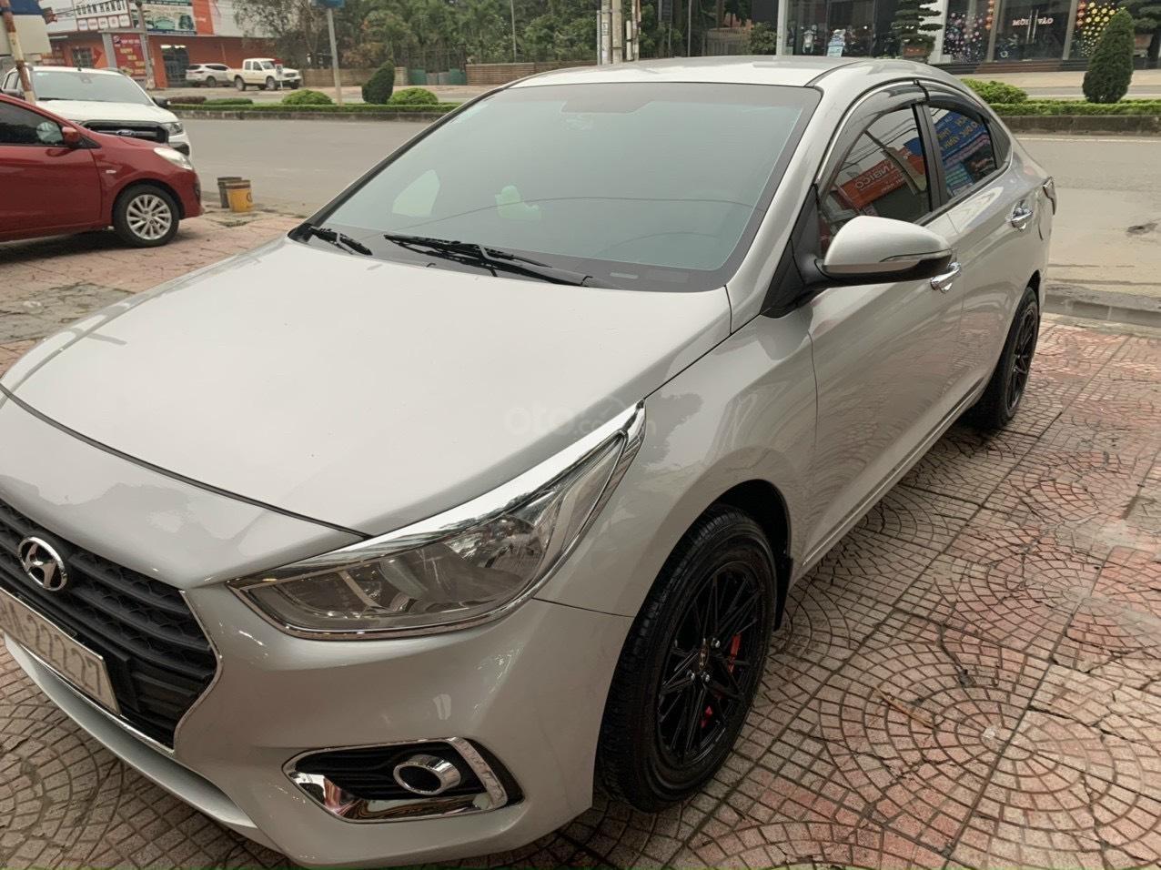 Cần bán Hyundai Accent 1.4 MT 2018 full đồ chơi (7)