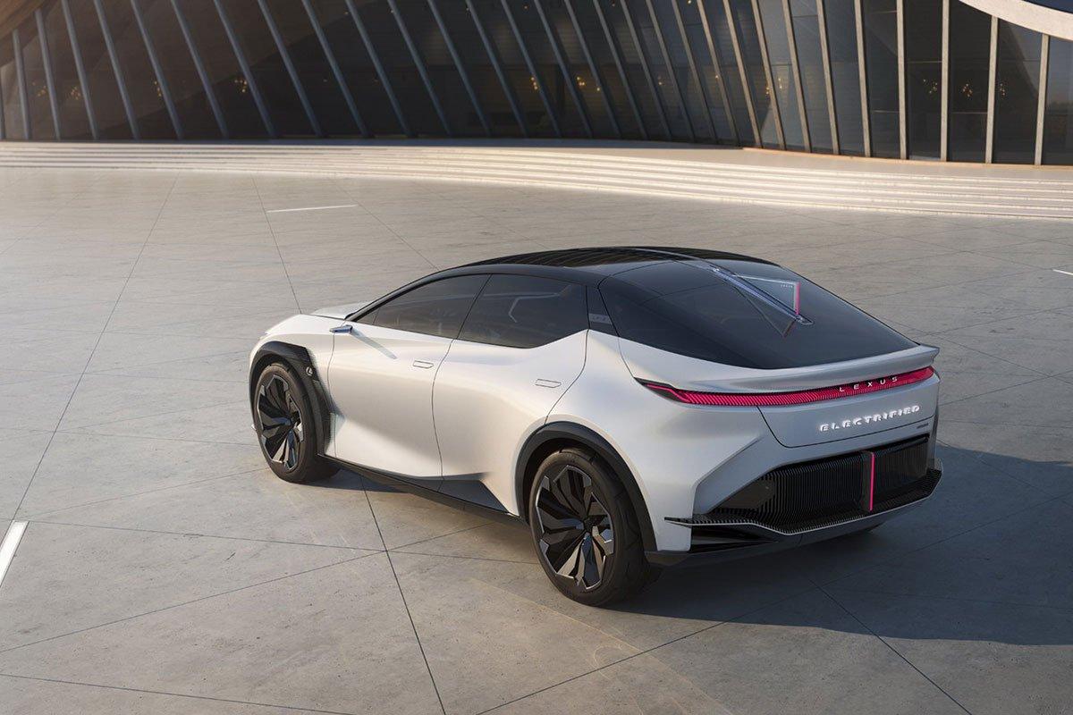 Thiết kế đuôi xe Lexus LF-Z Electrified Concept 1