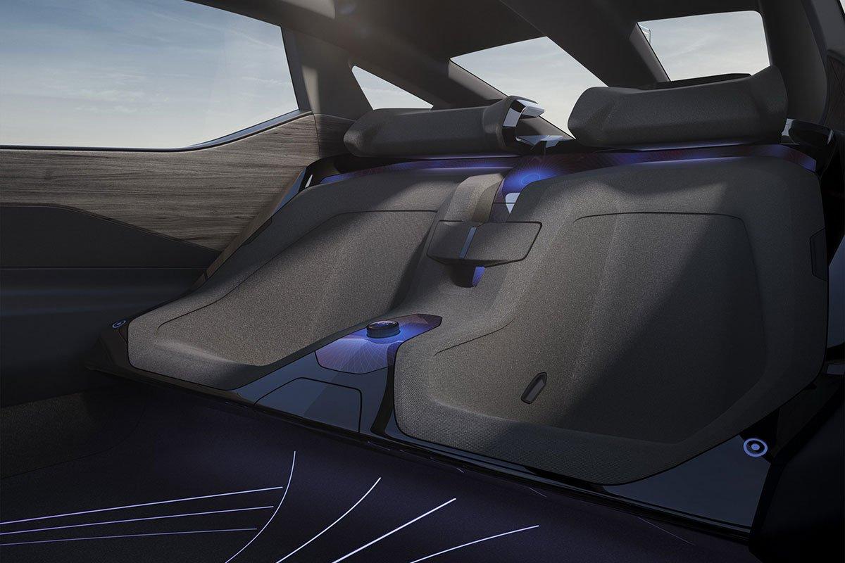 Không gian hàng ghế sau xe Lexus LF-Z Electrified Concept 1