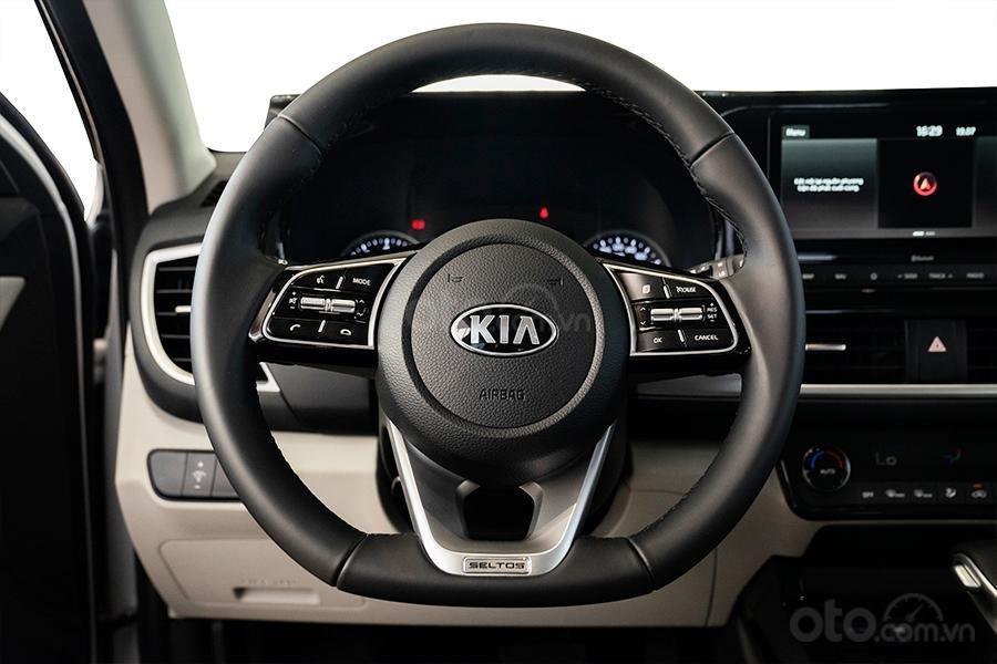 Kia Hà Nội- Kia Seltos 2021, nhận xe chỉ với 216 triệu đồng, hỗ trợ ngân hàng 80%, ưu đãi trên từng phiên bản (7)