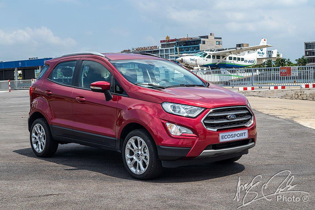 Ưu nhược điểm xe Ford EcoSport 2021 a1