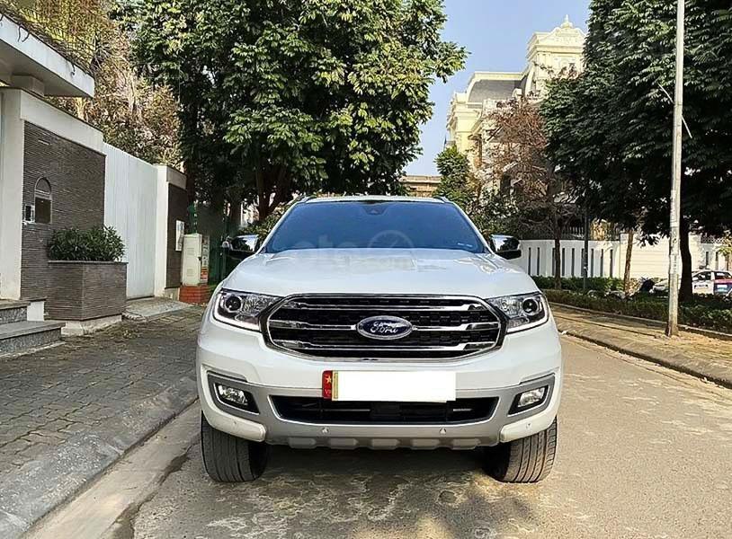 Cần bán lại xe Ford Everest sản xuất năm 2019, màu trắng (5)