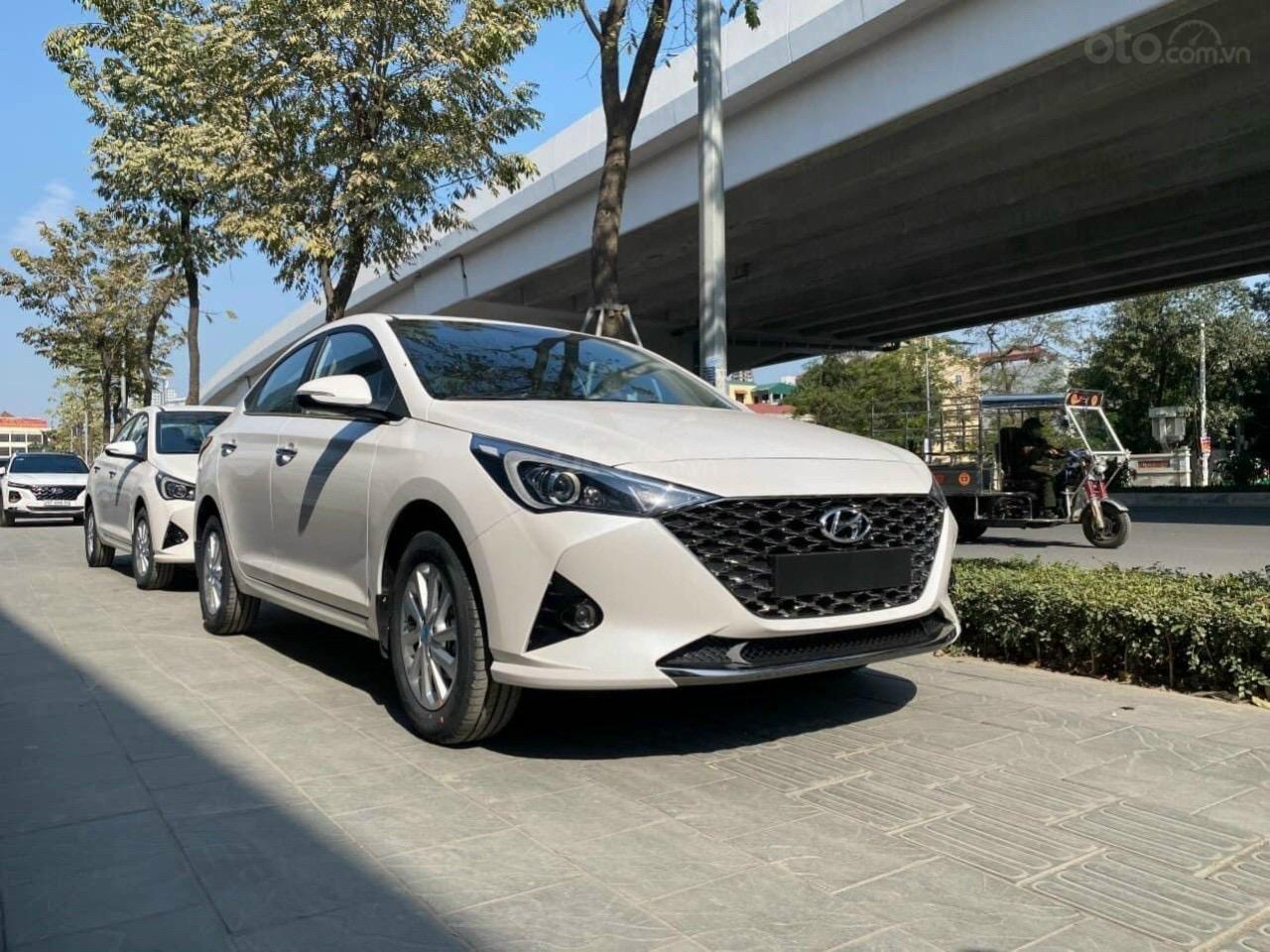 Hyundai Accent nhận xe ngay chỉ với 150tr đồng (1)