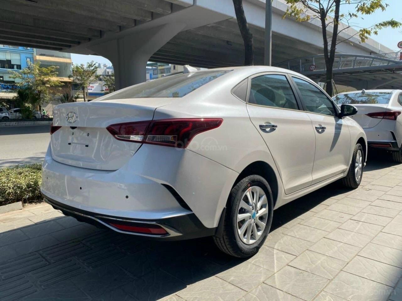 Hyundai Accent nhận xe ngay chỉ với 150tr đồng (2)