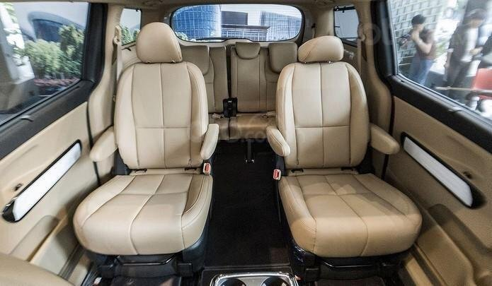 Kia Phú Mỹ Hưng bán Sedona 2021 - giảm 30tr - tặng bảo hiểm thân vỏ - trả trước chỉ từ 204 triệu (4)