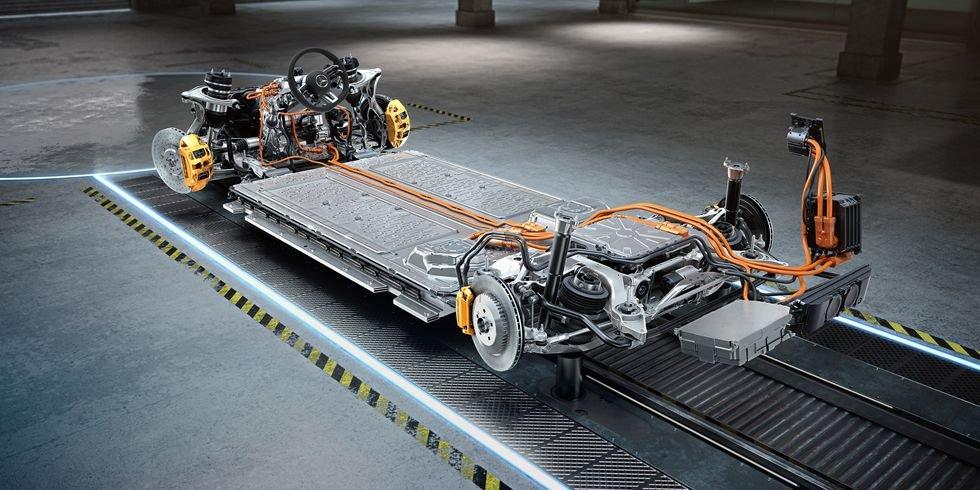 Công nghệ xe điện/hybrid phát triển sẽ là tiền đề cho Mercedes-AMG ra mắt những mẫu xe mới ấn tượng hơn.