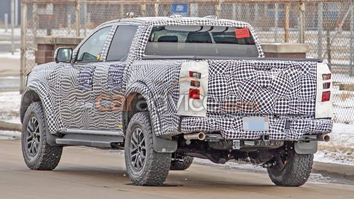 Ford Ranger 2022 dự kiến có thể vượt mặt Toyota Hilux.