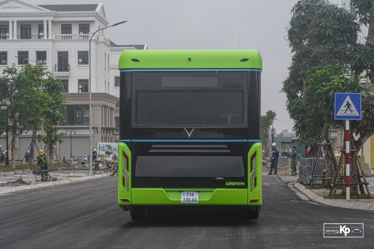 Cận cảnh xe VinBus điện chạy thử tại Hà Nội, có ngày lăn bánh chính thức a12