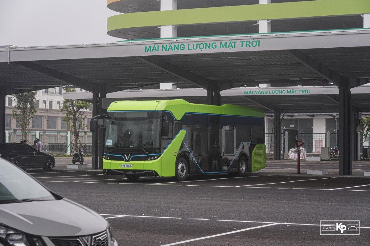 Cận cảnh xe VinBus điện chạy thử tại Hà Nội, có ngày lăn bánh chính thức a1