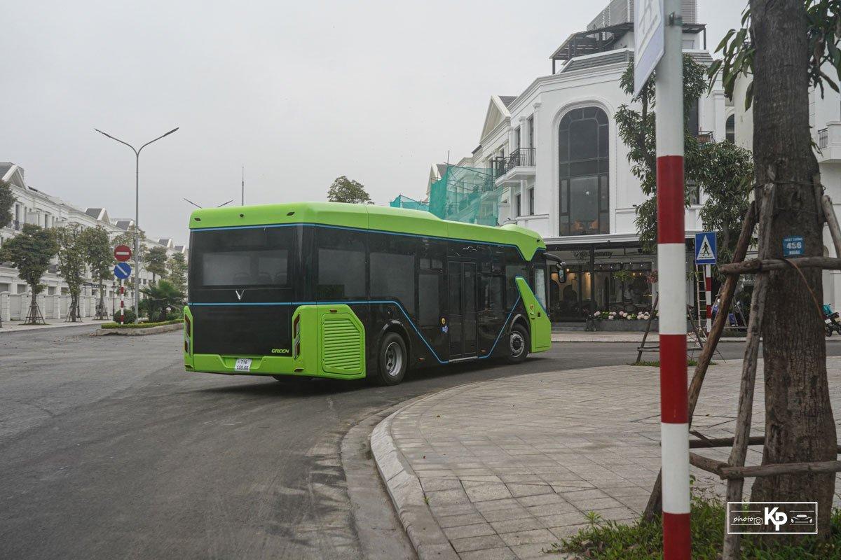 Cận cảnh xe VinBus điện chạy thử tại Hà Nội, có ngày lăn bánh chính thức a60