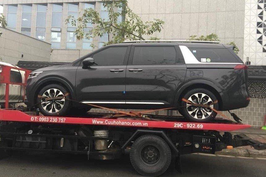 Kia Sedona 2021 âm thầm về Việt Nam, ngầm báo ngày ra mắt cận kề 1