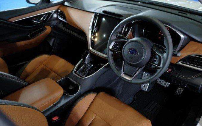 Nội thất xe Subaru Outback thế hệ mới 1