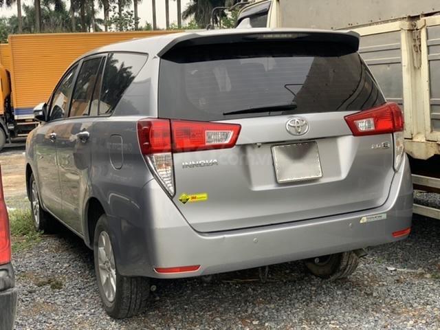 Ngân hàng bán đấu giá xe Toyota Innova 2017 (4)