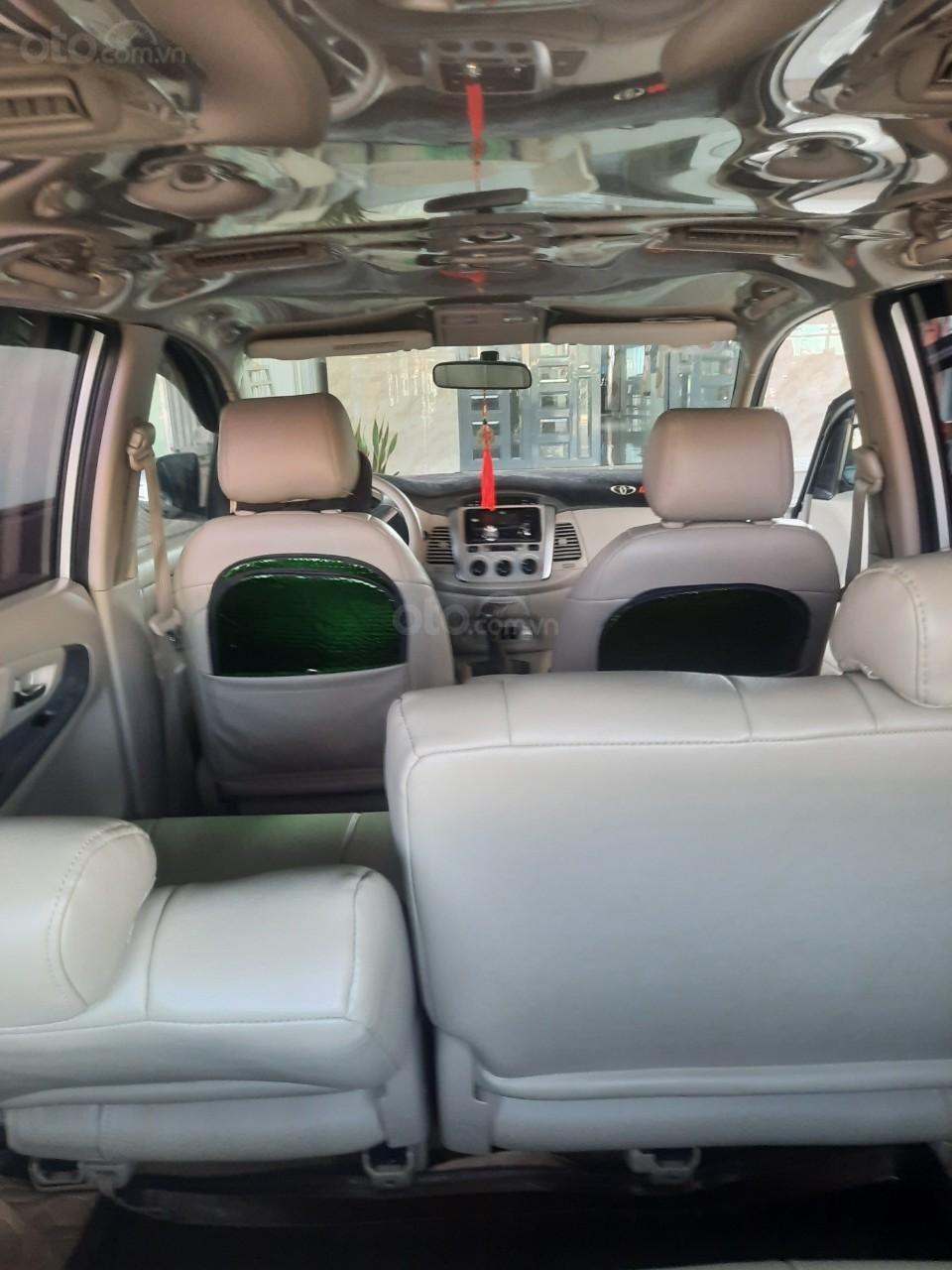 Xe Toyota Innova năm sản xuất 2016 (2)