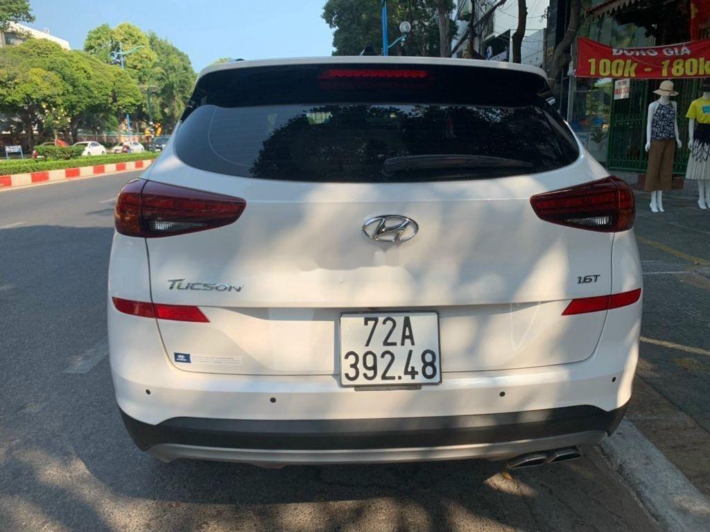 Xe Hyundai Tucson sản xuất năm 2019, màu trắng chính chủ, 885tr (3)