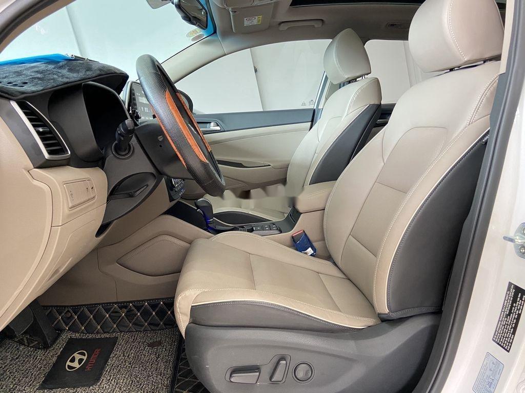 Xe Hyundai Tucson sản xuất năm 2019, màu trắng chính chủ, 885tr (5)