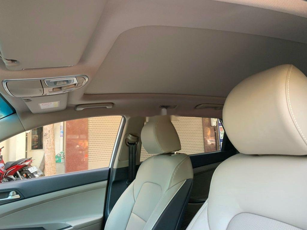 Xe Hyundai Tucson sản xuất năm 2019, màu trắng chính chủ, 885tr (10)