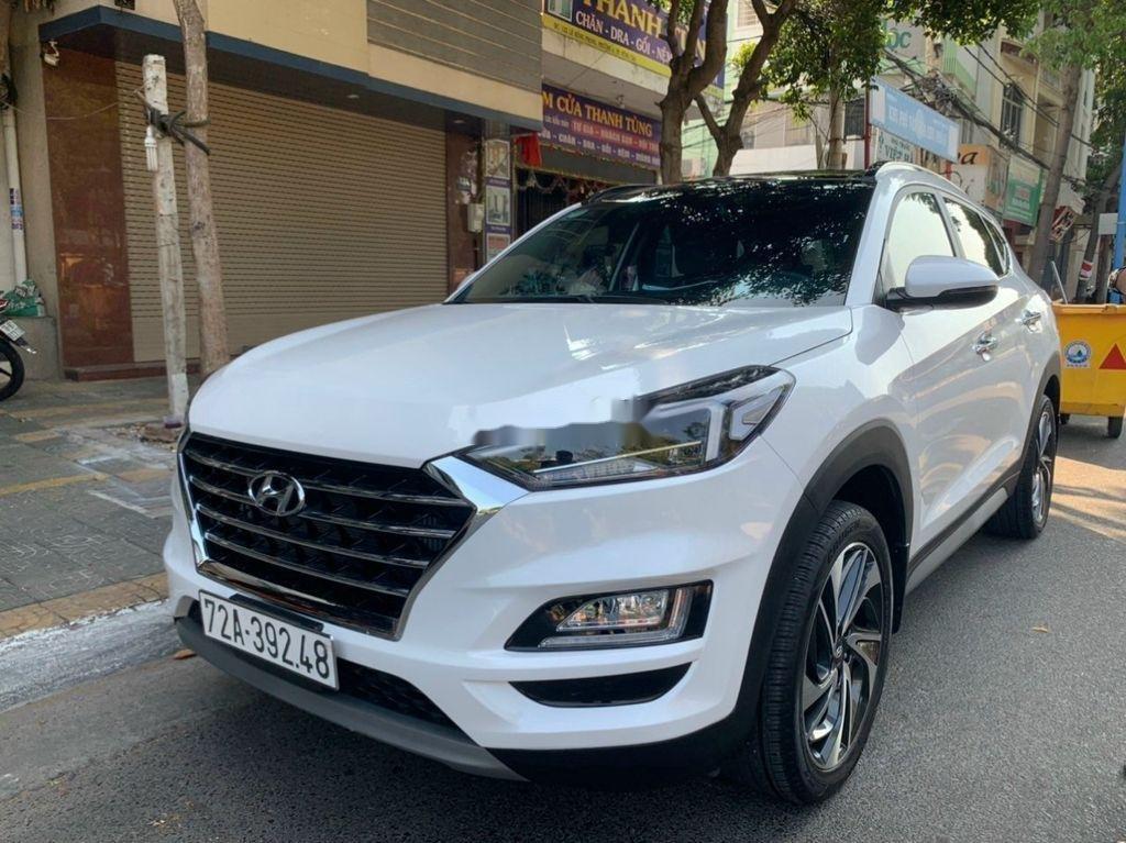 Xe Hyundai Tucson sản xuất năm 2019, màu trắng chính chủ, 885tr (2)