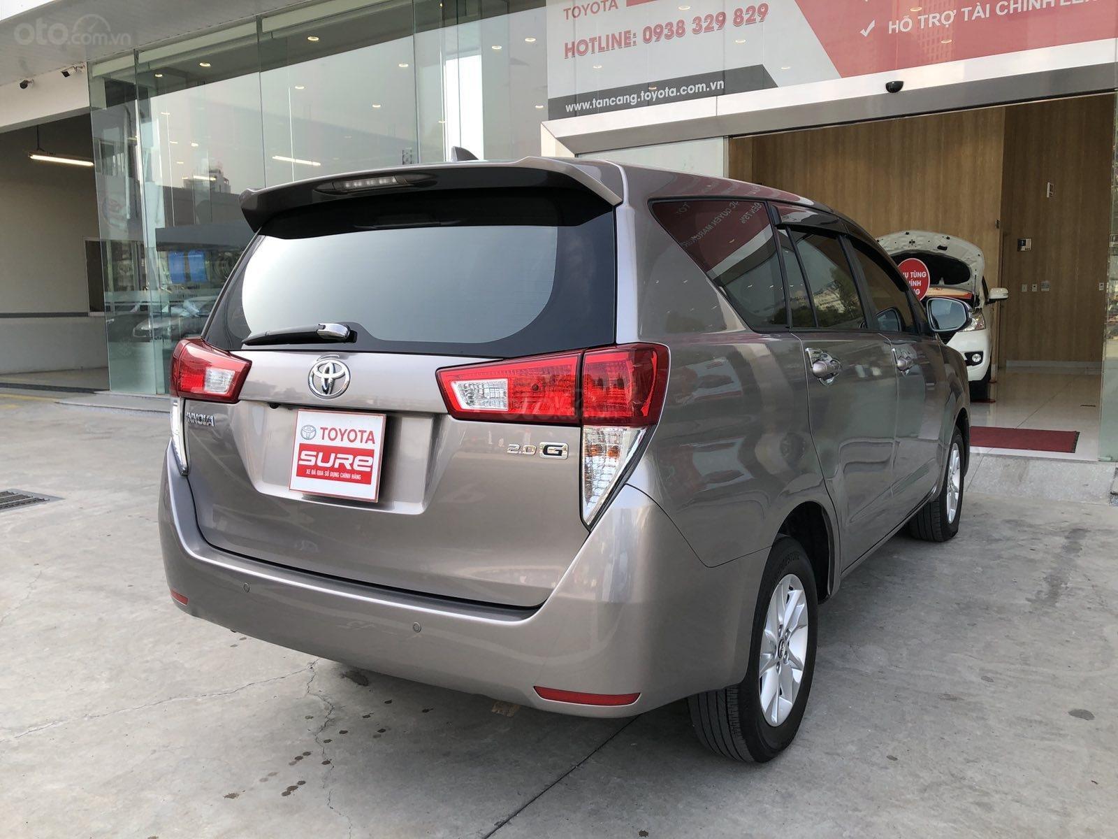 Cần bán xe Toyota Innova 2.0G AT 2017, màu đồng gia đình HCM đi 106.000km - xe cũ chính hãng Toyota Sure (5)