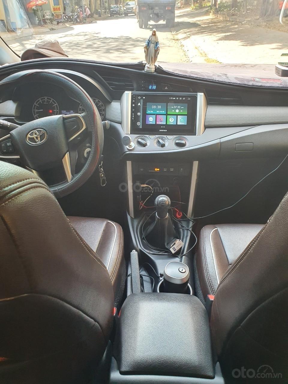 Bán xe Toyota Innova E năm 2019 (5)