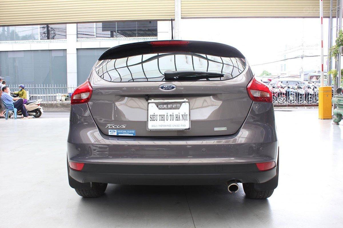 Thiết kế đuôi xe Ford Focus 2019 1