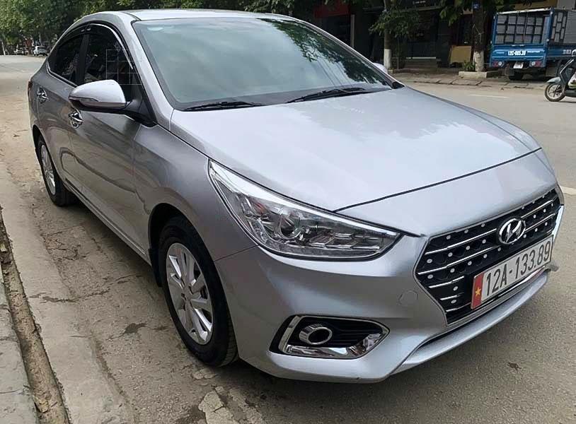 Bán Hyundai Accent sản xuất 2020, màu bạc còn mới giá cạnh tranh (1)