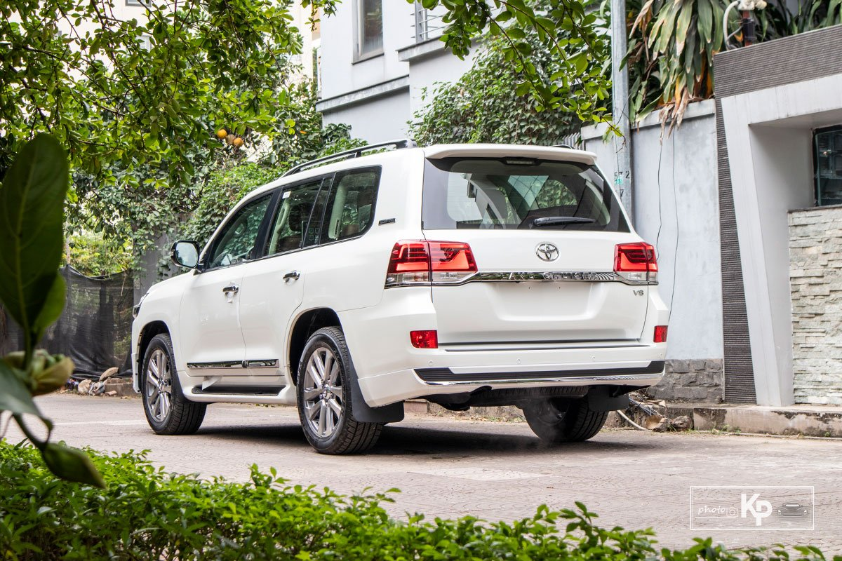 Ảnh Tổng quát xe Toyota Land Cruiser 2021