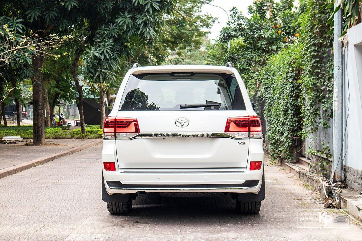 Ảnh Đuôi xe Toyota Land Cruiser 2021