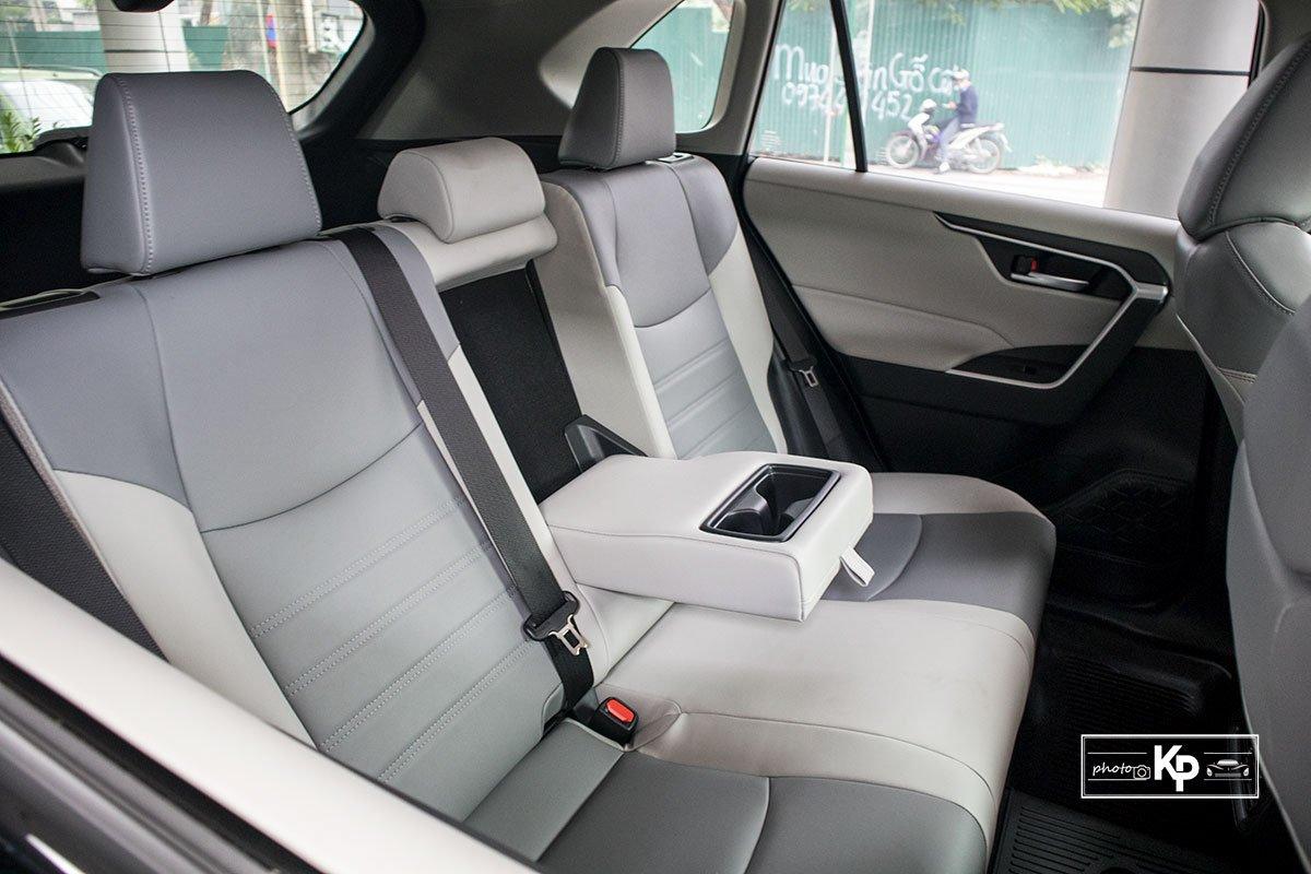 Ảnh Ghế sau xe Toyota RAV4 2021 a1